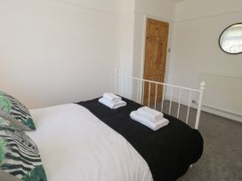 4 Belvedere Place - North Wales - 1064205 - thumbnail photo 14