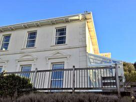 2 bedroom Cottage for rent in Weston-Super-Mare