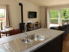 Cedar Lodge - Shropshire - 1064593 - thumbnail photo 6