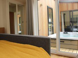 Cedar Lodge - Shropshire - 1064593 - thumbnail photo 24