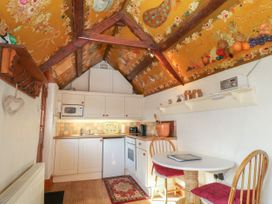 Toad Hall Cottage - Devon - 1064718 - thumbnail photo 7