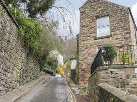 Kirkham House - Peak District - 1064755 - thumbnail photo 2