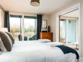 Kingfisher Lodge - Cotswolds - 1064798 - thumbnail photo 36