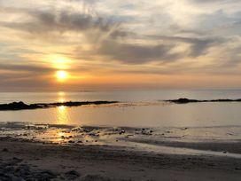 Seashore Apartment - Scottish Lowlands - 1064830 - thumbnail photo 21