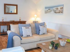 Cosy Cottage - Anglesey - 1064857 - thumbnail photo 2