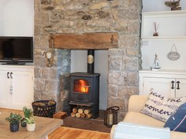 Cosy Cottage - Anglesey - 1064857 - thumbnail photo 3