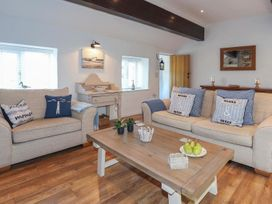 Cosy Cottage - Anglesey - 1064857 - thumbnail photo 12