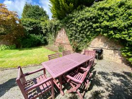 The Garden Apartment - Whitby & North Yorkshire - 1065023 - thumbnail photo 3