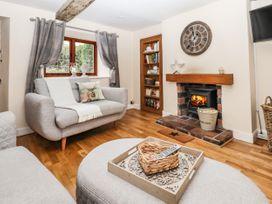 Applegarth Cottage - Peak District - 1065037 - thumbnail photo 3