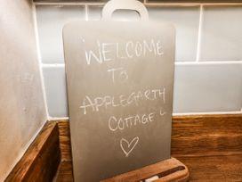 Applegarth Cottage - Peak District - 1065037 - thumbnail photo 11