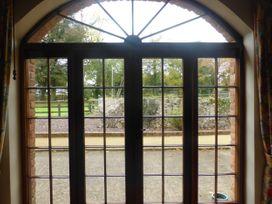 Hunter's Lodge - East Ireland - 1065127 - thumbnail photo 7