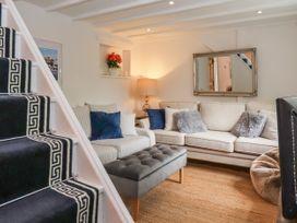 Little Blue Cottage - Kent & Sussex - 1065133 - thumbnail photo 4