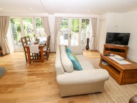 Garden Cottage - North Wales - 1065165 - thumbnail photo 4