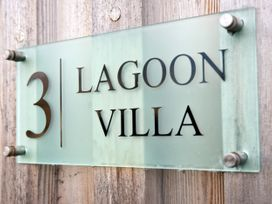 Lagoon Villa - Cotswolds - 1065174 - thumbnail photo 1