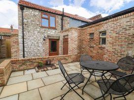 Pollard Cottage - Whitby & North Yorkshire - 1065303 - thumbnail photo 17