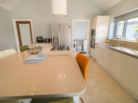 Abbey Bay Cottage - County Donegal - 1065380 - thumbnail photo 13