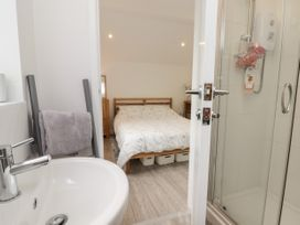Fir Tree Cottage - Mid Wales - 1065551 - thumbnail photo 13