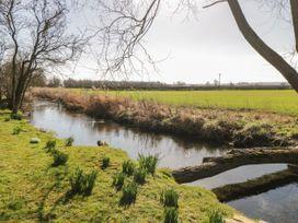 Welburn Grange Farm - North Yorkshire (incl. Whitby) - 1065690 - thumbnail photo 34