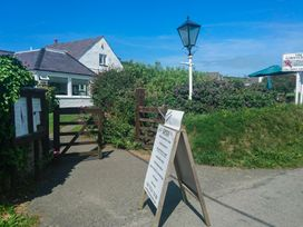 Bwthyn Y Bae - Anglesey - 1065781 - thumbnail photo 25