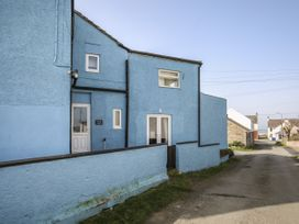 2 bedroom Cottage for rent in Rhosneigr