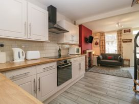 5 Lower Ellick Street - South Wales - 1065884 - thumbnail photo 10