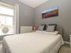 5 Lower Ellick Street - South Wales - 1065884 - thumbnail photo 11