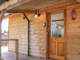 Acksea Lodge - Shropshire - 1065947 - thumbnail photo 2