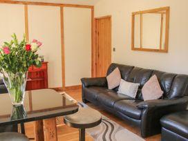 Acksea Lodge - Shropshire - 1065947 - thumbnail photo 3