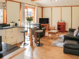 Acksea Lodge - Shropshire - 1065947 - thumbnail photo 7