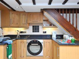 Wisteria Cottage Studio - Lake District - 1066005 - thumbnail photo 13