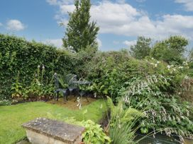 Garden Cottage -  - 1066100 - thumbnail photo 30