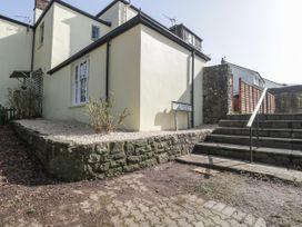 Apartment 2 Castle View - Cotswolds - 1066135 - thumbnail photo 2