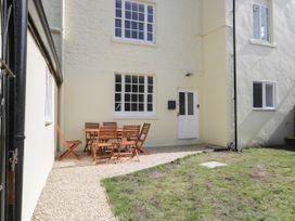 Apartment 2 Castle View - Cotswolds - 1066135 - thumbnail photo 12
