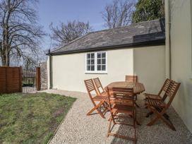 Apartment 2 Castle View - Cotswolds - 1066135 - thumbnail photo 14