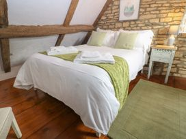 Tuesday Cottage - Cotswolds - 1066248 - thumbnail photo 15