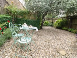 Tuesday Cottage - Cotswolds - 1066248 - thumbnail photo 24