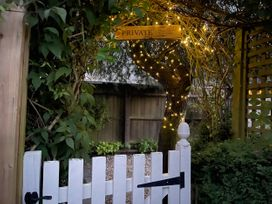 Tuesday Cottage - Cotswolds - 1066248 - thumbnail photo 26