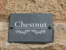 Chestnut Cottage - Peak District - 1066253 - thumbnail photo 2