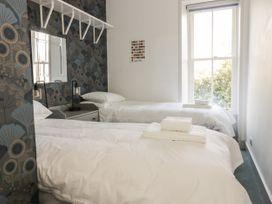 Lilybank Apartment - Scottish Lowlands - 1066306 - thumbnail photo 15