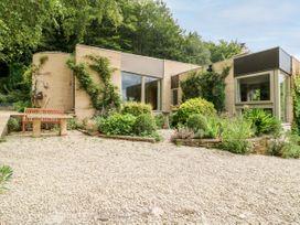 3 bedroom Cottage for rent in Stroud