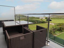 Beachview Apartment 4 - Cornwall - 1066470 - thumbnail photo 2