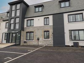 Beachview Apartment 4 - Cornwall - 1066470 - thumbnail photo 17
