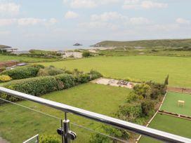 Beachview Apartment 7 - Cornwall - 1066473 - thumbnail photo 3