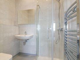 Beach View Apartment 8 - Cornwall - 1066475 - thumbnail photo 11