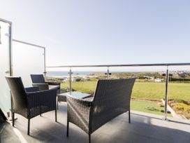 Beach View Apartment 9 - Cornwall - 1066476 - thumbnail photo 6