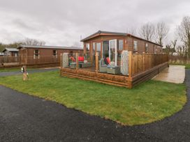 Albatross Lodge - North Yorkshire (incl. Whitby) - 1066582 - thumbnail photo 2