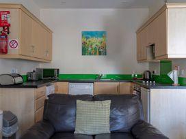 1B Cathedral View Apartments - North Ireland - 1066699 - thumbnail photo 4