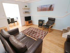 Grooms Cottage - South Wales - 1066752 - thumbnail photo 3