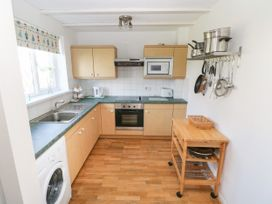 Grooms Cottage - South Wales - 1066752 - thumbnail photo 8