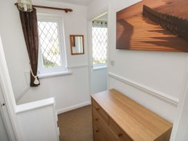 Grooms Cottage - South Wales - 1066752 - thumbnail photo 18